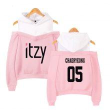 Lecky Shoulder Hoodies Sling Sweatshirt Women Itzy print harajuku Print Sweatshirt Kpop Tops Casual Streetwear Tracksuit
